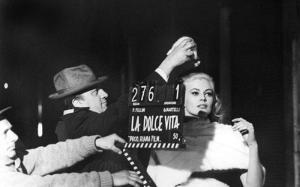 Federico-Fellini-Anita-Ekberg-La-Dolce-Vita-set